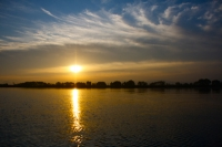 111020biwako-sunrise.jpg