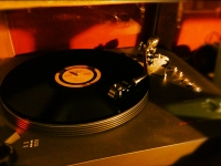 121105RecordPlayer.jpg
